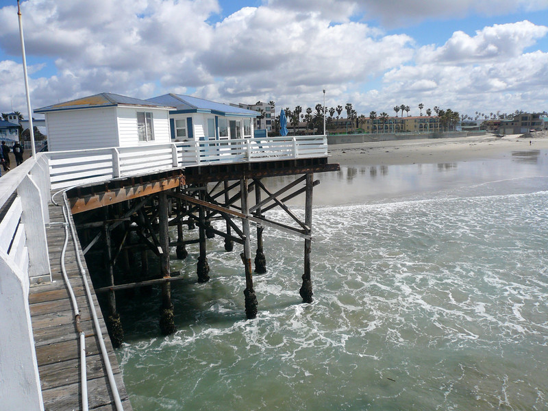 "room info: <a href=""http://www.crystalpier.com/"">http://www.crystalpier.com/</a> Crystal Pier, Pacific Beach, San Diego , California"