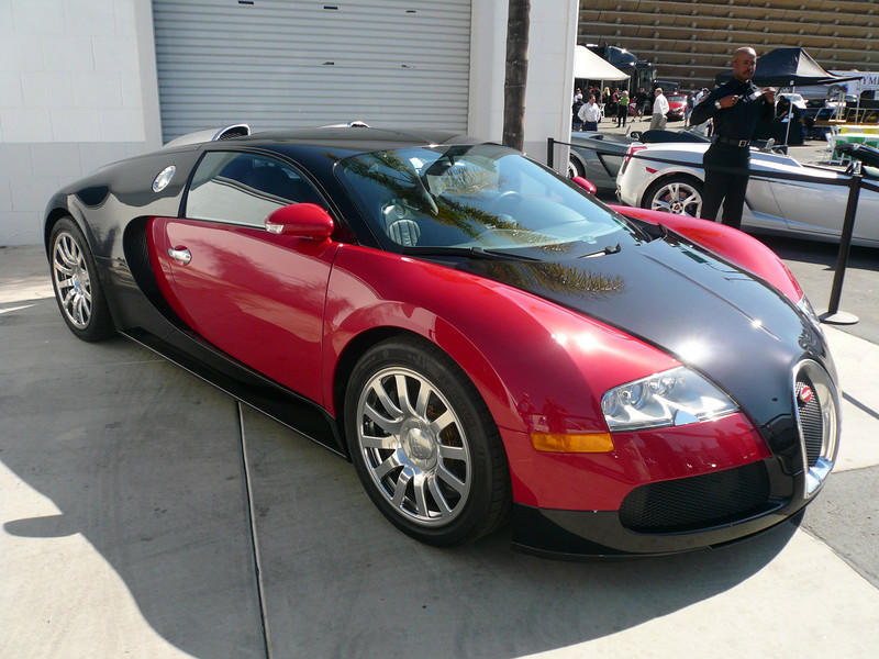 bugatti veyron Symbolic Car Show, San Diego California