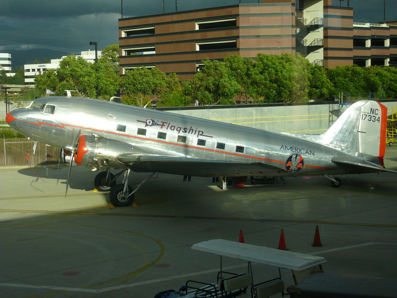 An American Airlines DC3 in the old livery, San Jose Airport (SJC), 2007