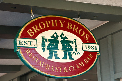 Santa Barbara Harbor, Brophy Bros restaurant