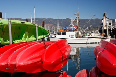 Santa Barbara Harbor,kayaks