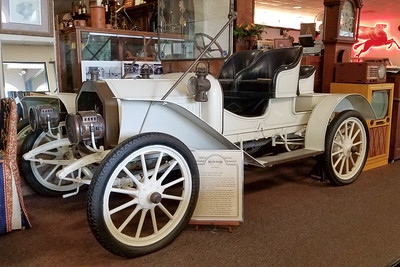 1908 Buick Model-10 Touring Runabout-3
