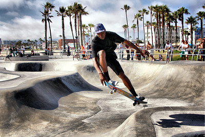Flying! Venice Beach Skate Park