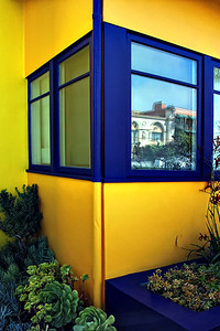 Blue & Yellow House Grand Canal  Venice Beach Ca