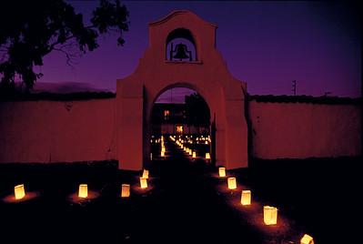 Luminarias, Olivas Adobe, Ventura