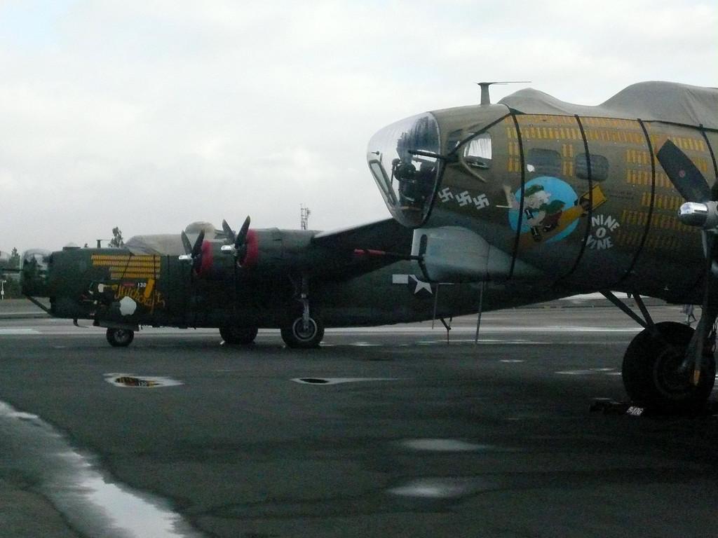 2007: B17 and B24 Liberator, Calsbad Airport (CLD). California