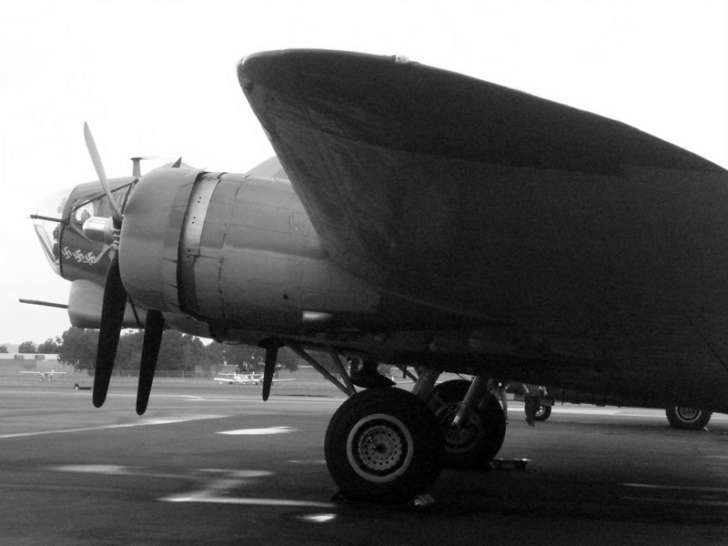 2007: B17 , Calsbad Airport (CLD). California
