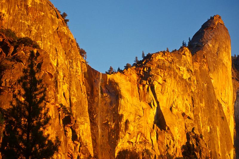 usa; california; yosemite national park; landscapes; waterfalls; bridal veil falls; plants; trees; pines; sunset