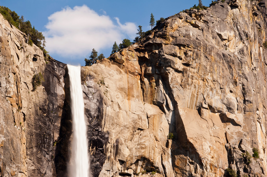 usa; california; yosemite national park; landscapes; waterfalls; bridal veil falls; plants; trees; pines