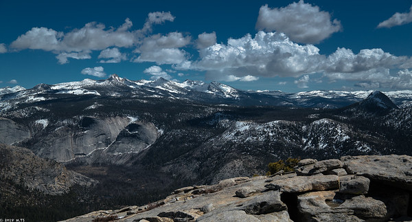 Clarks Range and Little Yosemite Valley - a view from the Half Dome