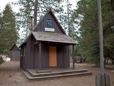 Wawona Village. XIX century cabin of Park Superintendent