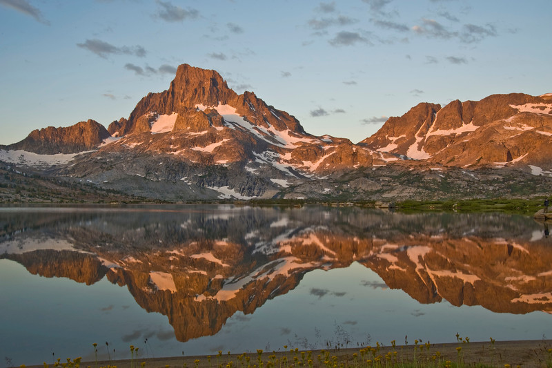 BANNER AND DAVIS PEAKS AT DAWN