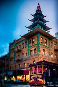 California Street Tolley at Pagoda