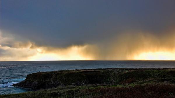 mendocino-coast-ocean-storm