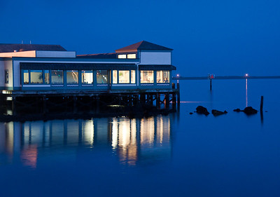 bodega-bay-night-glow