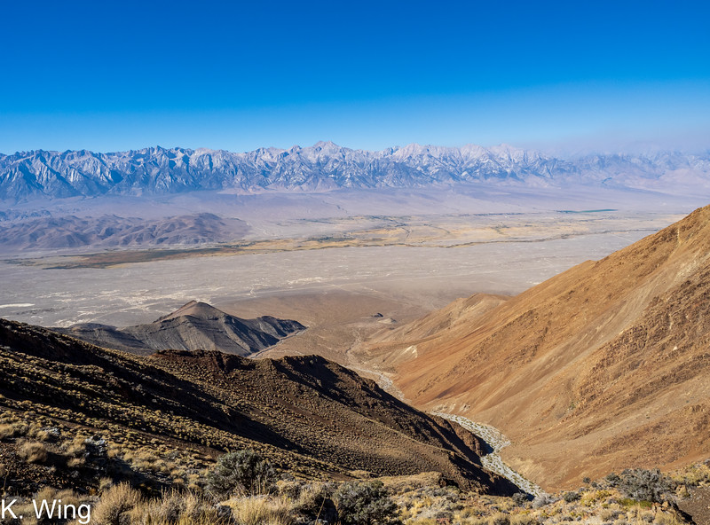 Another great view across the Owen's Valley - smoke creeping in near the Palisades.