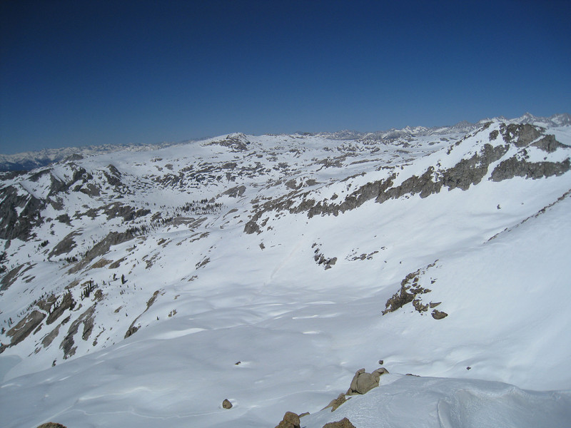 The slopes that lead down to Peak Lake.