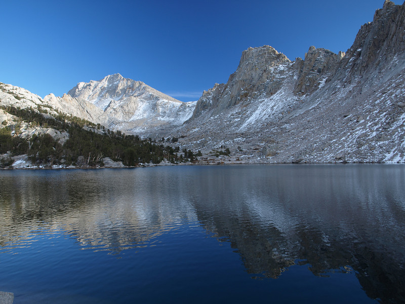 University Peak and Kearsarge Pinnacles above one of the lakes.