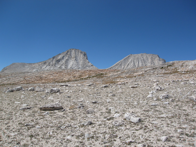 Merriam and Royce Peaks come into view.