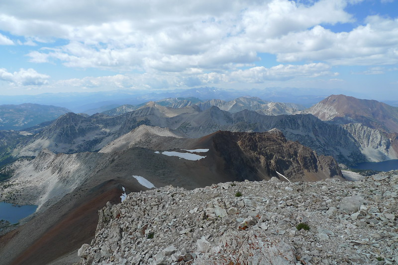 Bloody Mountain on the left side of the photo and you can even see Ritter and Banner with Mount Lyell inbetween them in the hazy distance view.