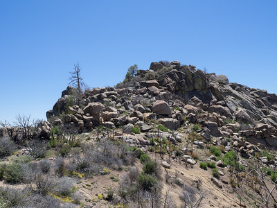 Split Moutain - Boulder Pile just before the summit