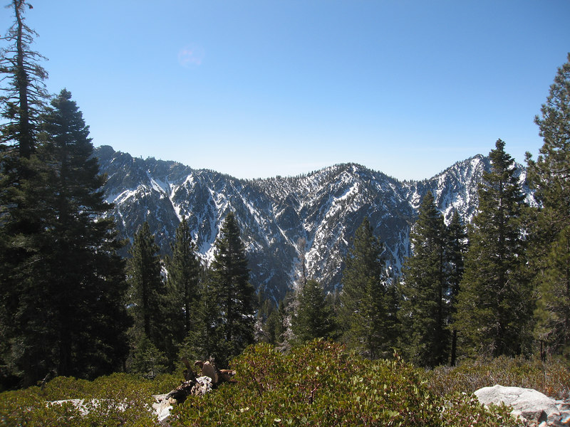 The Yucaipa Ridge on the way up.