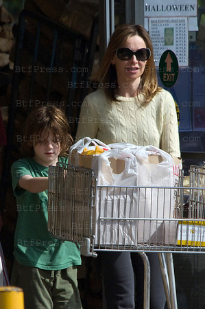 Calista Flockhart and her son Liam make some grossery shopping in Brentwood California.