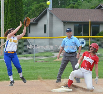 June 3 2019 MFL MarMac Hosts SW Softball