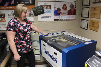SW Agriculture Program Acquires Engraver