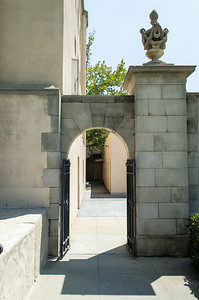 Caltech: Sloan Building Side Gate