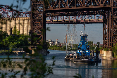 Tow boat pushing oil barge on the Calumet River south of 95th Street. 7/13/19