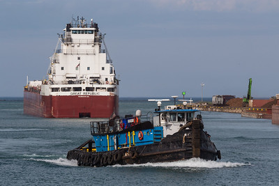 IMG_3561.jpg Tug boat and freighter Great Republic heading into the Calumet River from Lake Michigan. 6/26/18