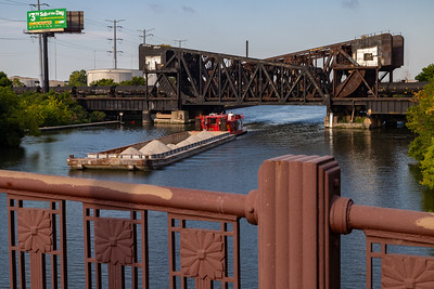 IMG_4178.jpg Tow boat and barge on the Chicago Sanitary and Ship Canal heading northeast towards the Western Avenue Bridge. 8/27/20
