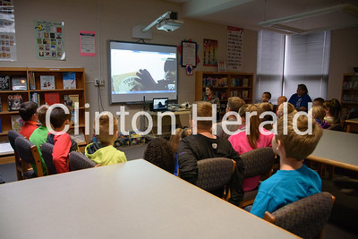 Camanche Elementary Teacher on roof 11-22-16
