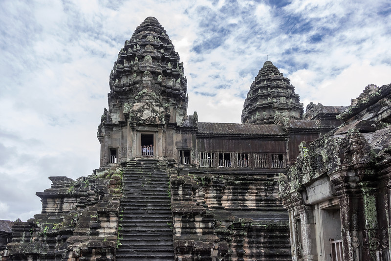 Upper-level-of-Angkor-Wat-central-temple,-Siem-Reap,-Cambodia