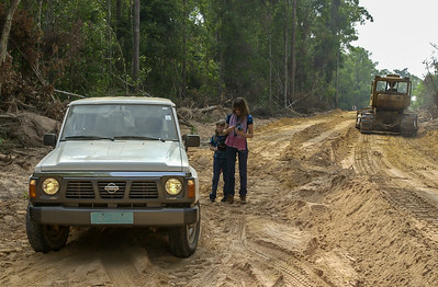 The Road to Anlong Veng