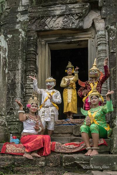 Khmer dance troupe