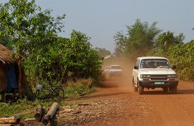 Road to Anlong Veng
