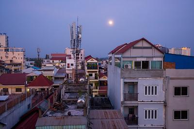 Sun & Moon Hotel