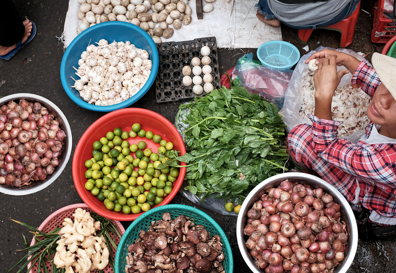 Phnom Penh morning market