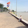 the waterfront along the Tonle Sap river was a nice place for walking