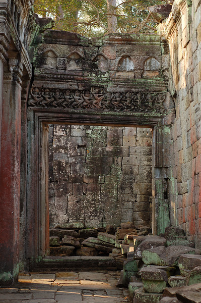 Apsaras decorate a doorframe of Prasat Preah Khan