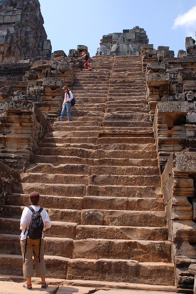 Not an easy climb down the Takeo stairs