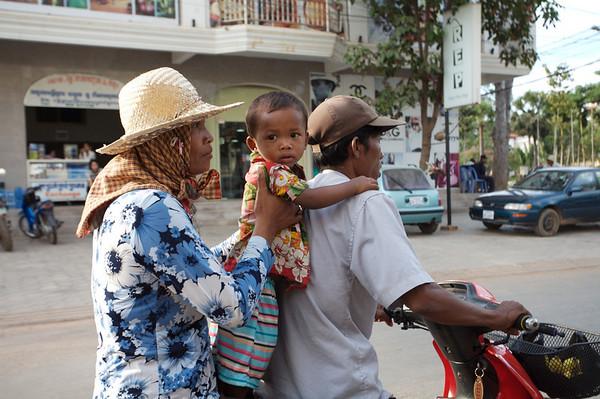 "Snapshots ""Trip Pics"" from Cambodia"