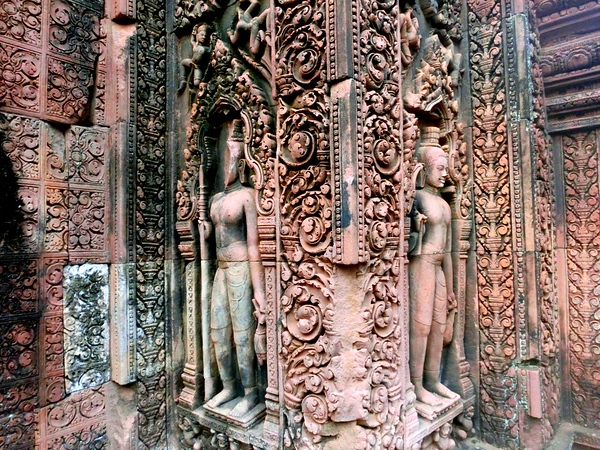 Banteay Srei, the pink sandstone temple
