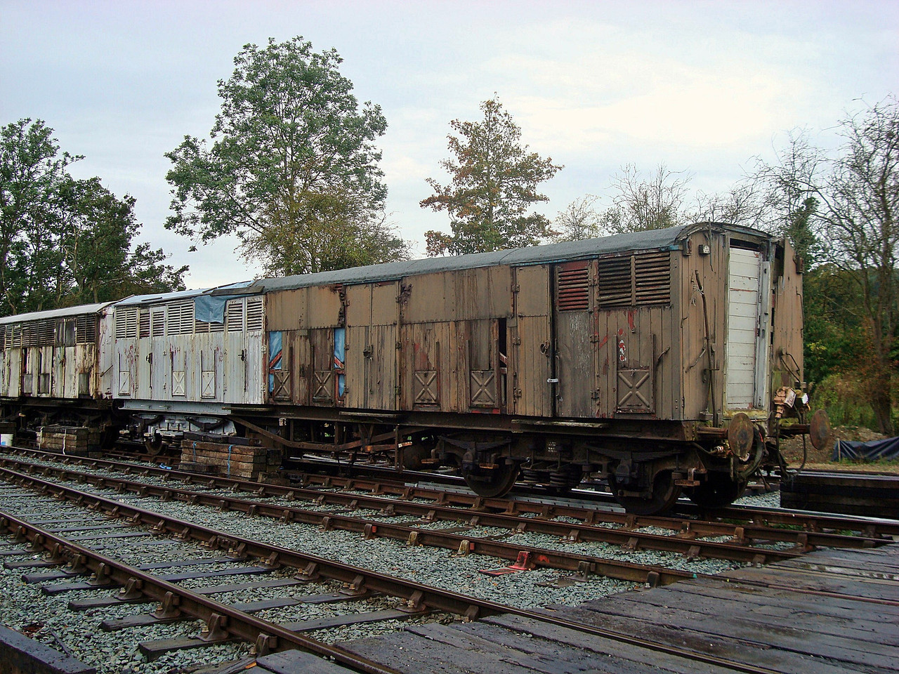 GWR 1046 'Siphon G' bogie gangwayed milk van 18,09,2010. (Body Scrapped under frame at Tanfield)