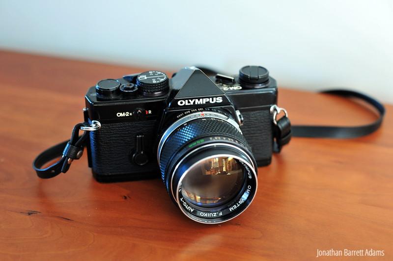 Olympus OM-2N, 85/2 F. Zuiko