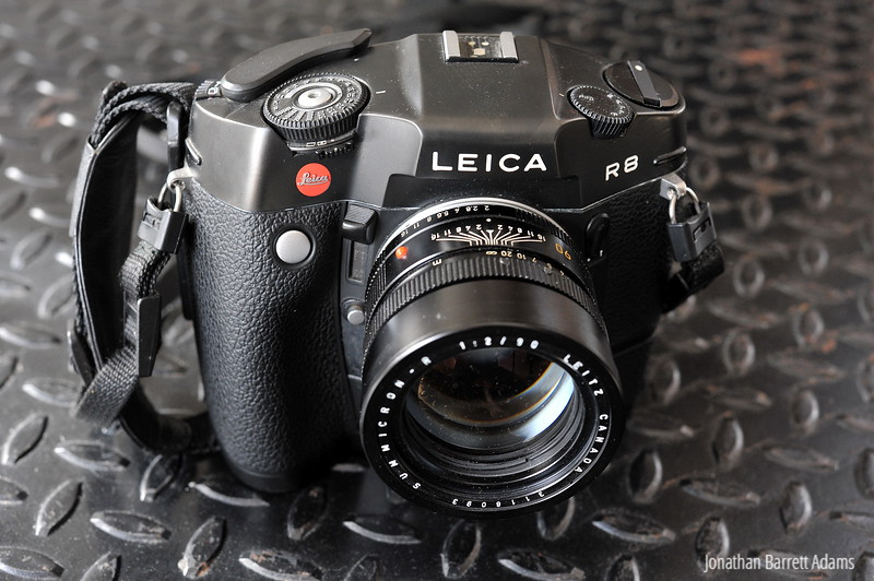 Leica R8 with motor, 90 Summicron-R