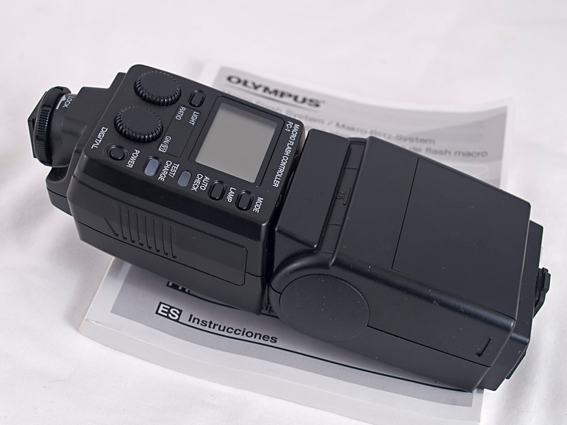 SRF-11 Macro Flash Controller