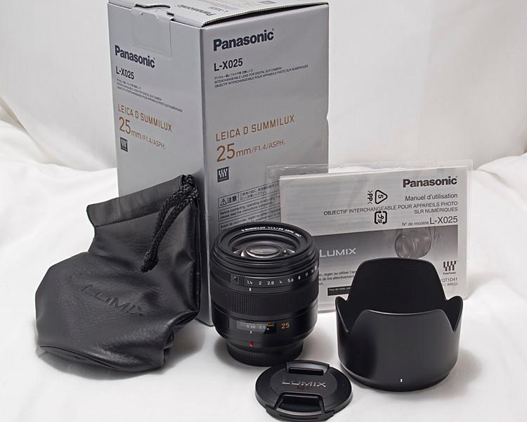 Leica D Summilux 25mm f/1.4 prime lens for Olympus or Panasonic